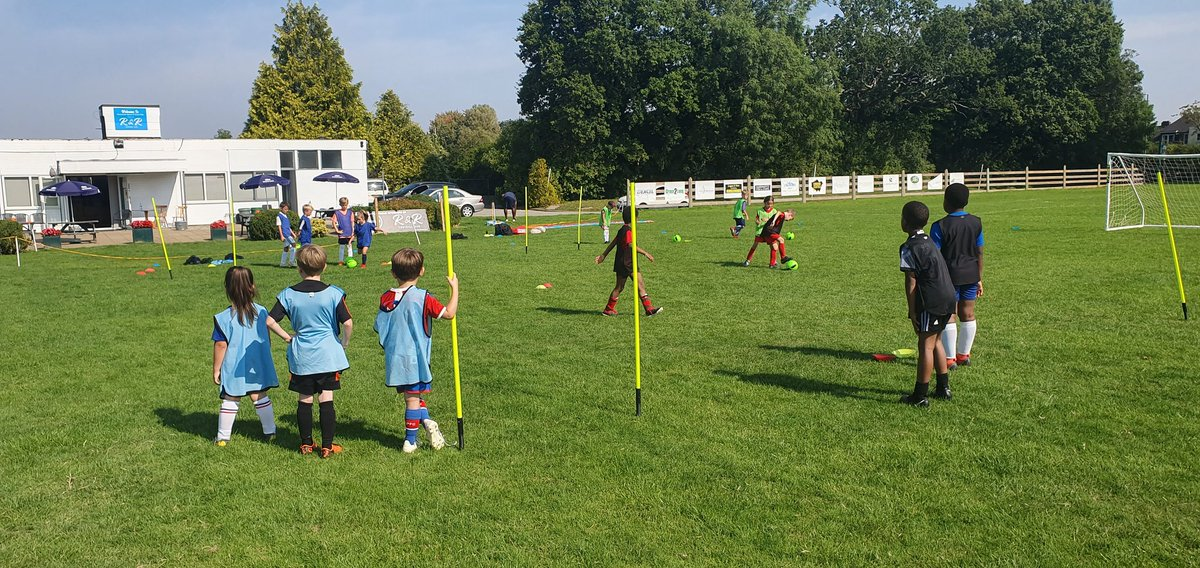 Football Training Schools in Orpington